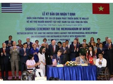 Hoa Kỳ và Việt Nam ký ghi nhận ý định về hỗ trợ người khuyết tật ở các điểm bị phun rải chất độc da cam.